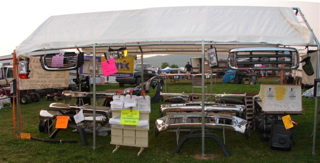 Richners at Penns Cave antique machinery and car show